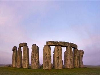 stonehenge-new_R.jpg